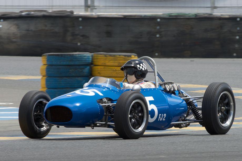 1960 Kieft F-Jr. in turn eleven. Driven by Marc Nichols.