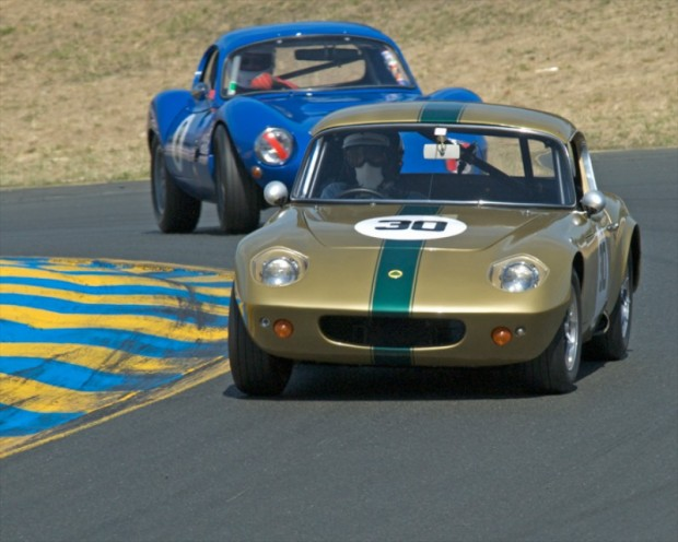 Group 6 Winner John Delane driving his 1964 Lotus 26R leads the 1964 Ginetta G4R of Robert Forbes