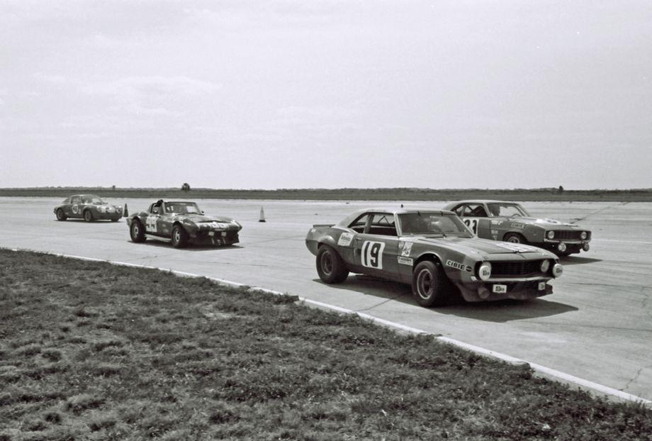 Tight racing at Sebring in 1973