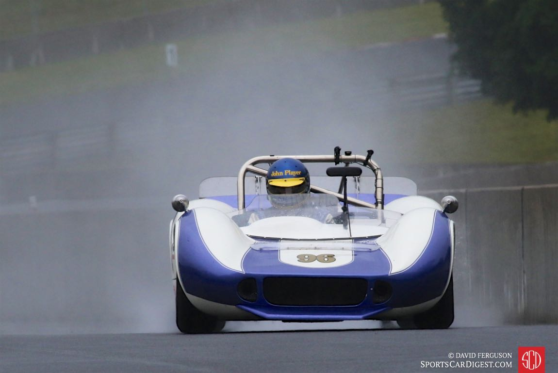 Andrew Beaumont raced both his 66 McLaren M1B and his 80 Lotus 81 in the rain.