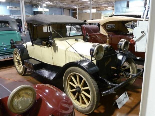 1913 Hupmobile Model 32 Roadster