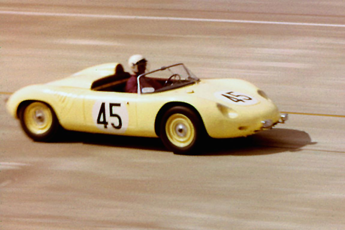 Ernie Erickson and Don Sesslar managed only one lap before the timing gear broke.  BARC boys photo.