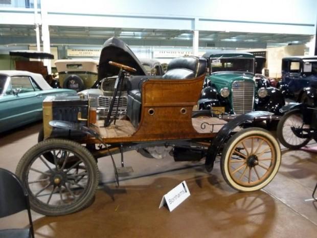 1904 Buckmobile 15hp Twin Runabout