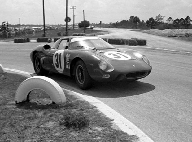 Ferrari 250LM - David Piper and Tony Maggs
