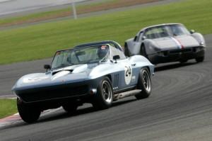 Chevrolet Corvette and Porsche 904-6