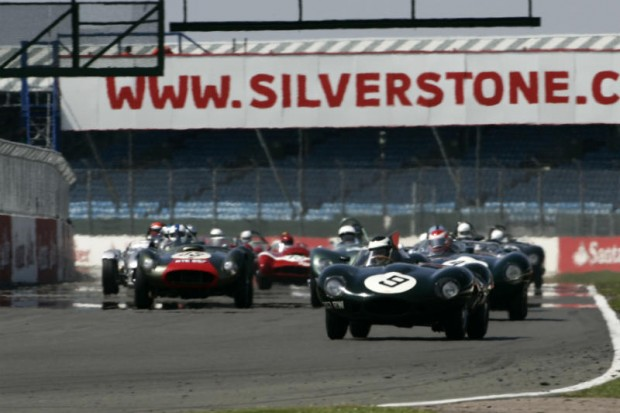 Start of the RAC Woodcote Trophy for Pre-1956 Sports Cars