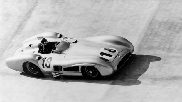Juan Manuel Fangio at the Italian Grand Prix on 11 September 1955. Fangio wins the race ahead of Piero Taruffi.