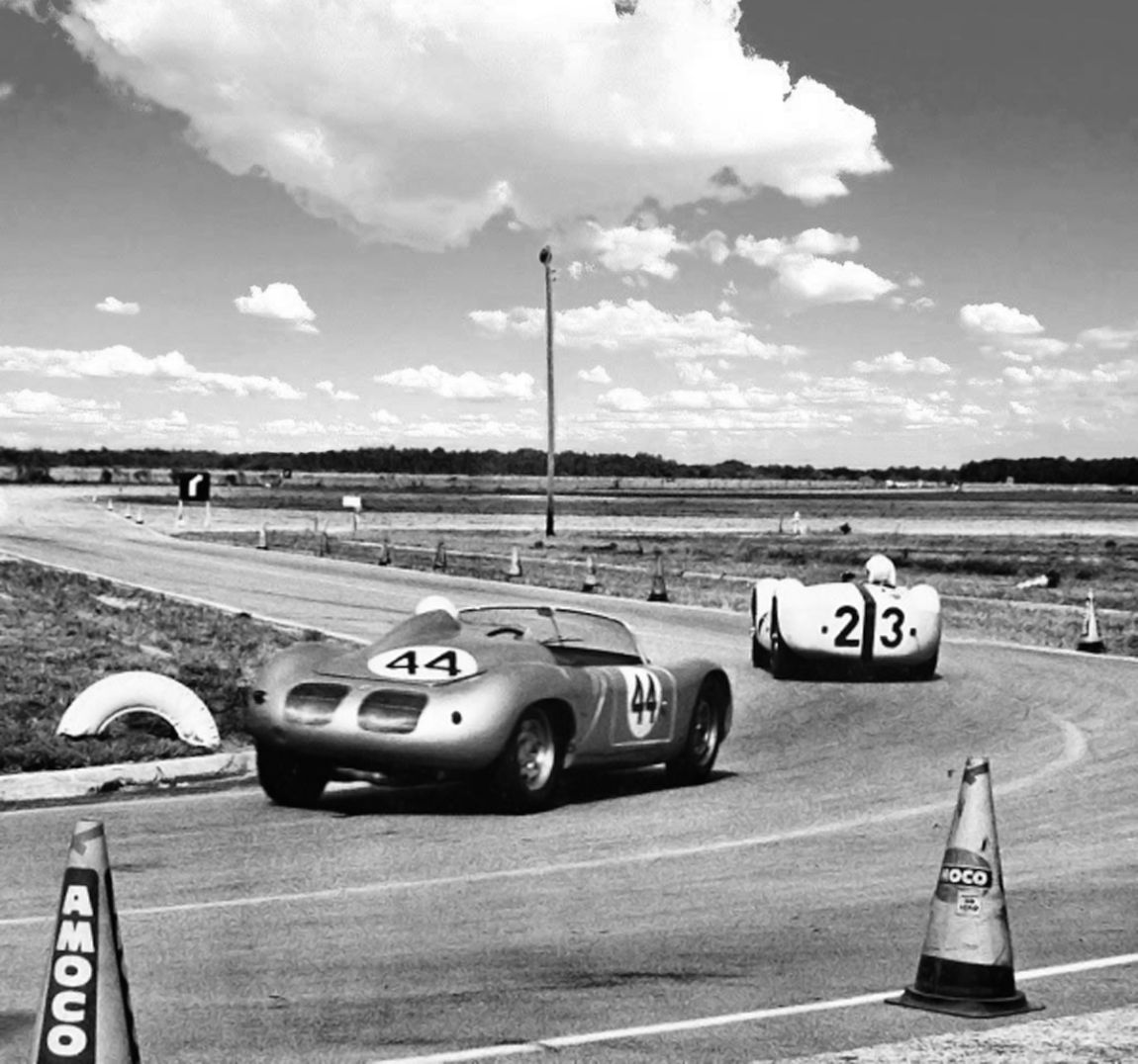 The Brumos Porsche hot on the tail of the leading Maserati driven by Stirling Moss.  BARC boys photo.