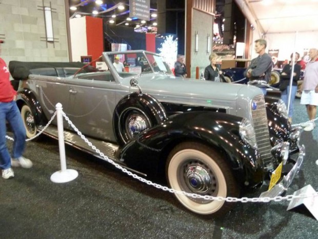 1937 Lincoln K 7-Passenger Touring, Body by Willoughby