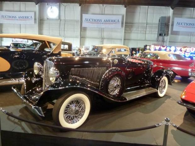 1933 Auburn Twelve Boattail Speedster