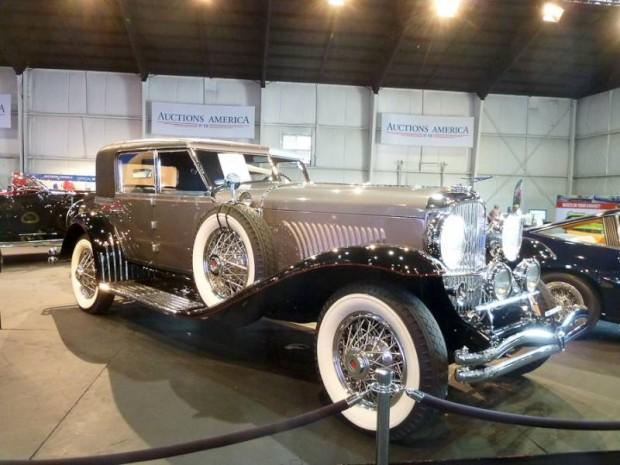 1929 Duesenberg Model J Sport Sedan, Body by Murphy