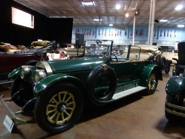 1918 Locomobile Model 48-2 Sportif Touring Car