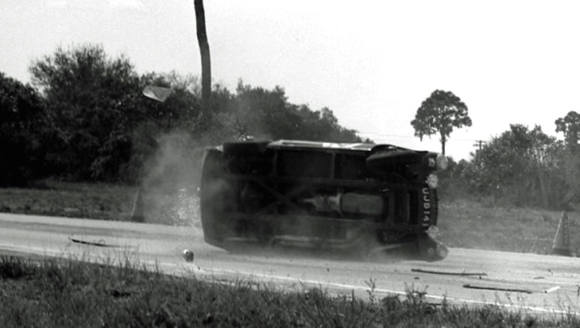 The Austin-Healey 3000 of John Colgate and Fred Spross went off course, overcorrected and then flipped.  Willem Oosthoek Collection.