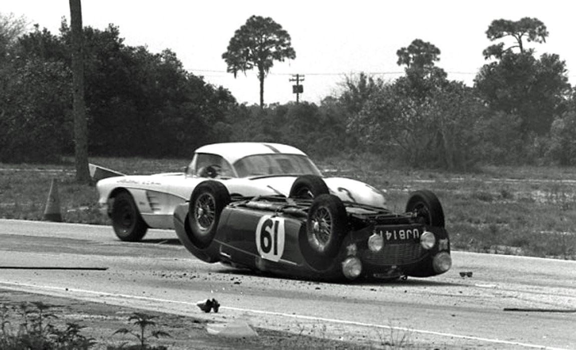 The Colgate - Spross Austin-Healey comes to an ignominious end after 54 laps.  Willem Oosthoek Collection.