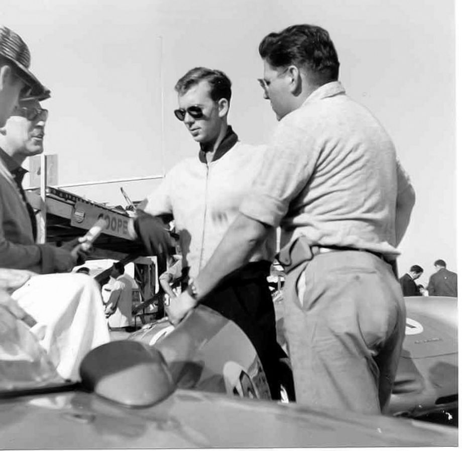 Ray Crawford drove a factory Chevrolet Corvette