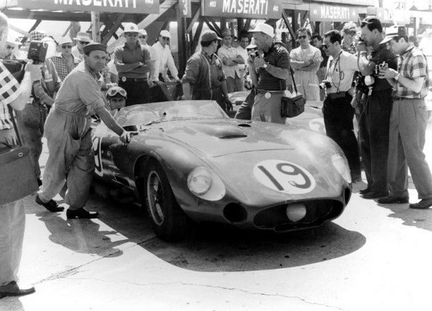 Juan Manuel Fangio, Maserati 450S at the 1957 Sebring Grand Prix.
