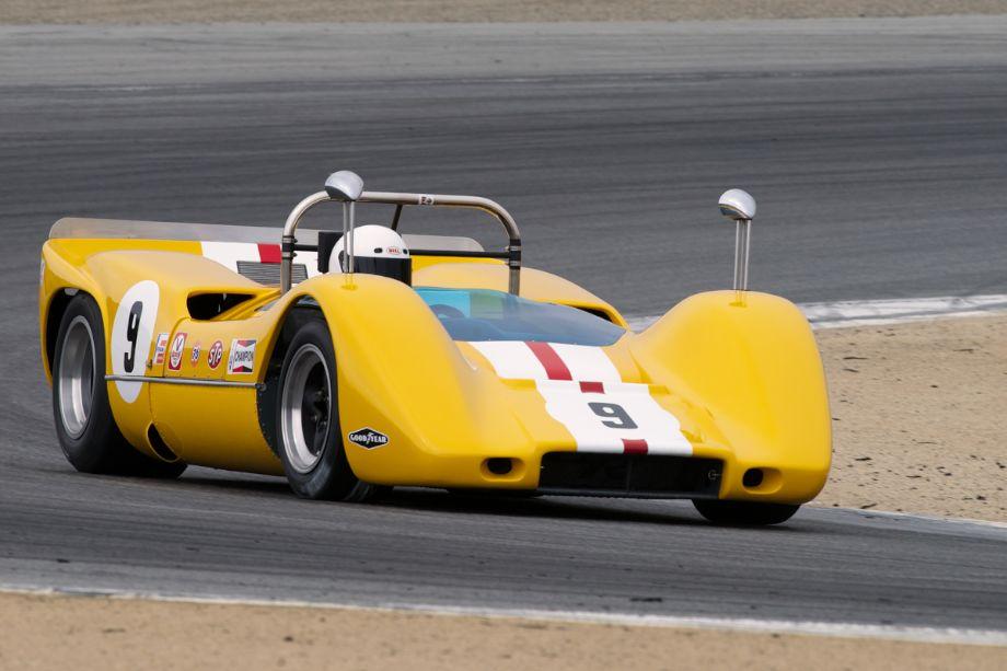 James Walker in Bob Lee's 1968 McLaren M6B through turn two.