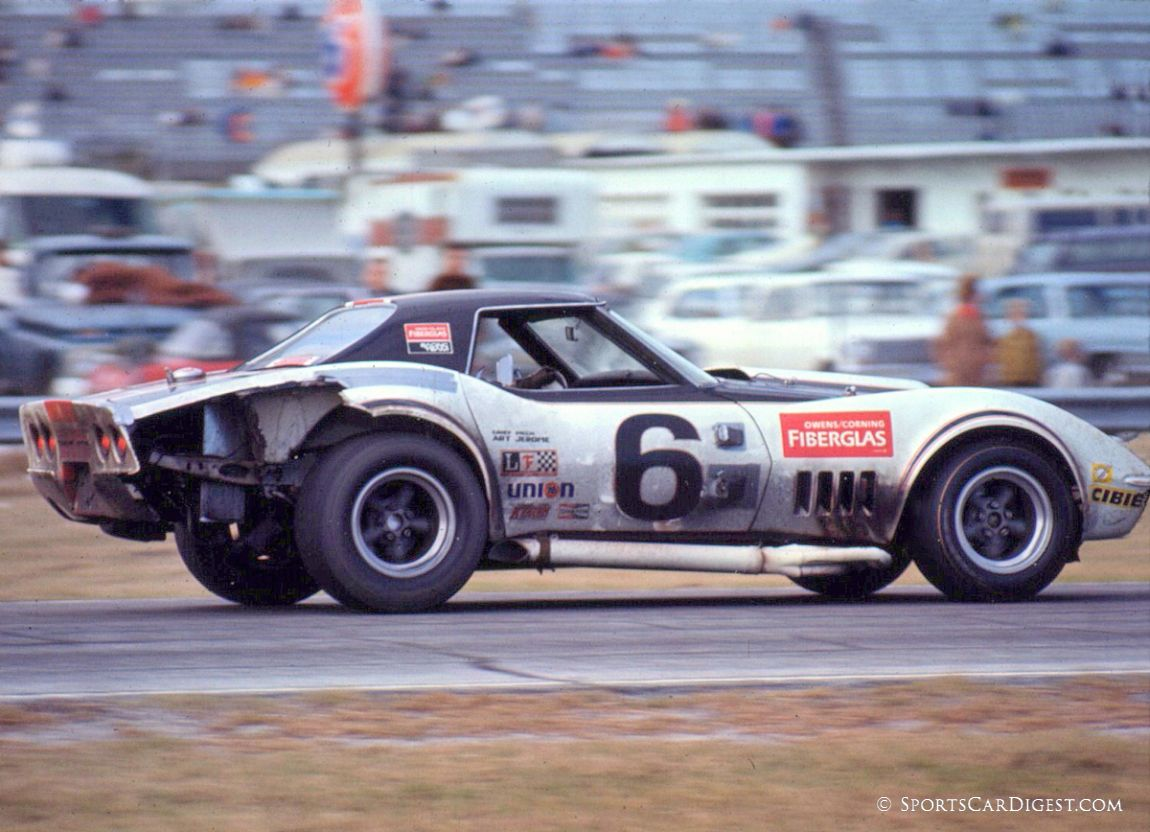 Showing the pounding it took through the night the Tony DeLorenzo/Dick Lang Corvette would finish 13th overall. (Lou Galanos photo)