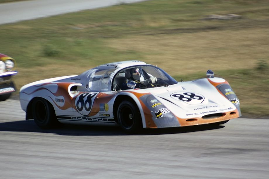 The Porsche 910 of Edwin G. Abate and Bill Cuddy retired after 167 laps.  Fred Lewis photo.