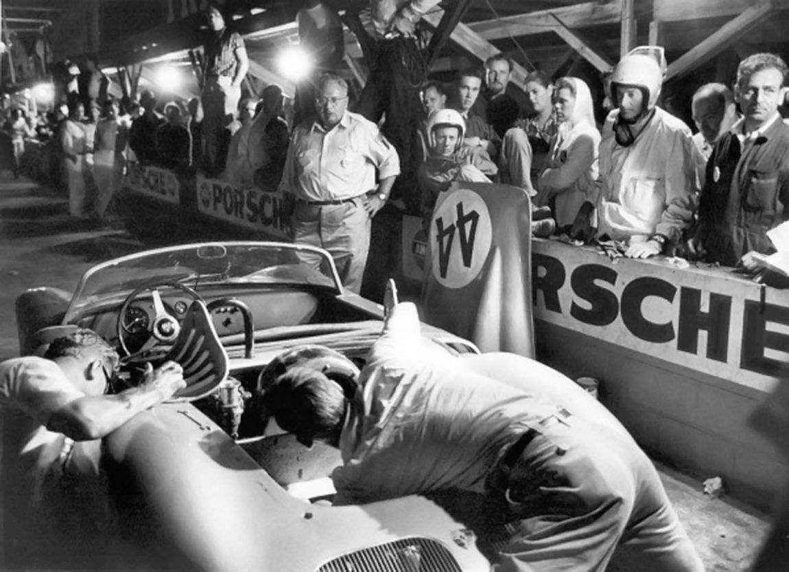 The Holbert - Schechter Porsche in for a final pit stop before finishing 2nd overall.  Roy Schechter archives.