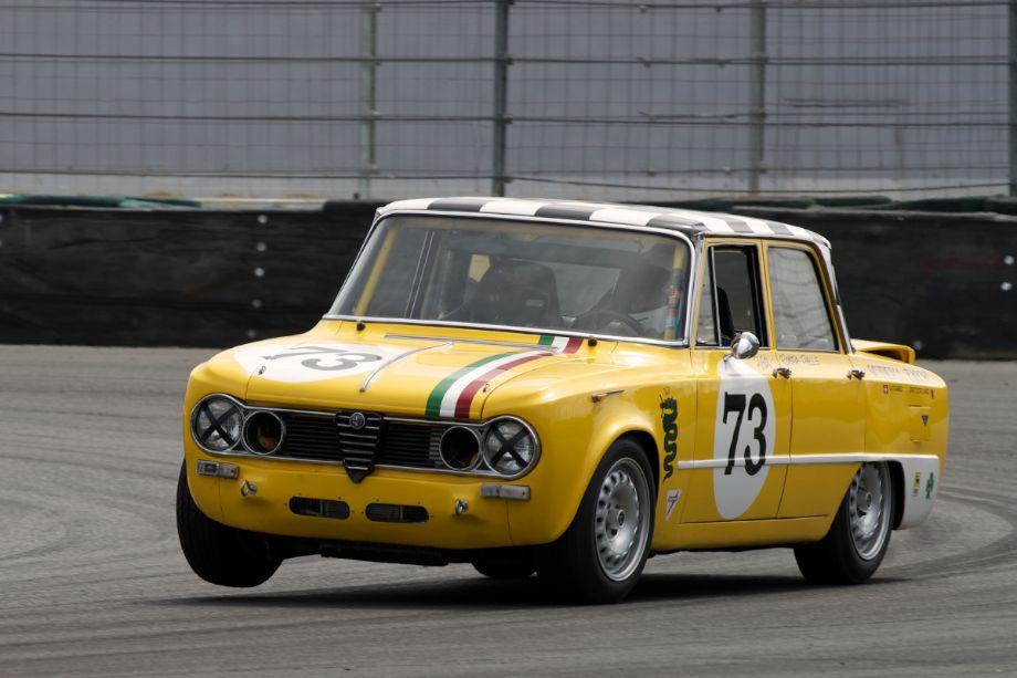 Frank Zucchi's 1965 Alfa Romeo Giulia TI in turn eleven.