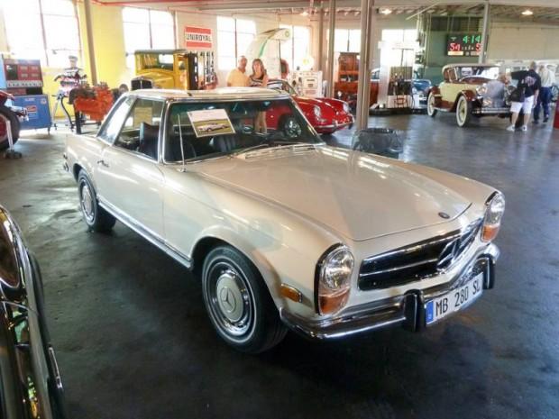 1971 Mercedes-Benz 280SL Roadster