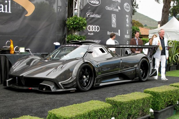 2011 Pagani Zonda R Supercar - Mr. Pagani accepting award for anonymous owner.  Photo William Edgar