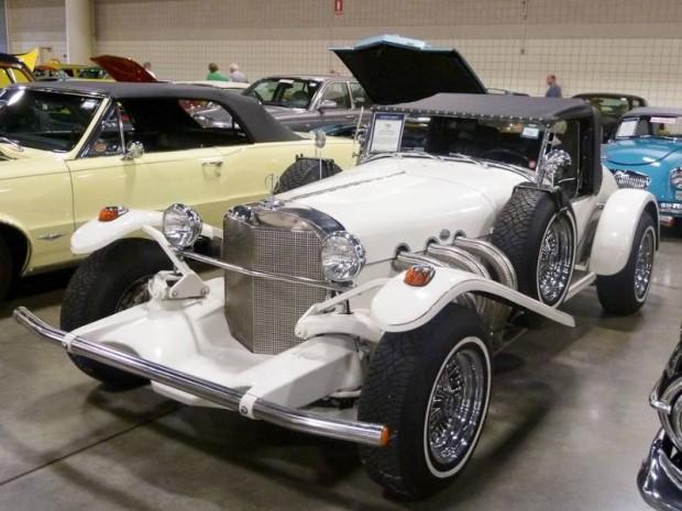 1970 Excalibur Series II SS Roadster