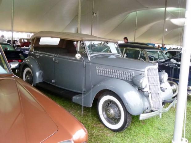1935 Ford Model 18 Phaeton