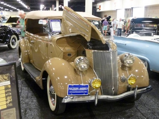 1936 Ford Model 18 Deluxe Phaeton