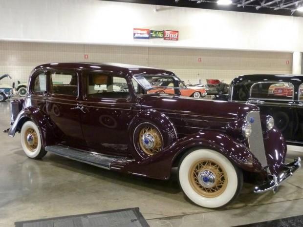 1935 Lincoln Model K V-12 Series 301 Formal Sedan