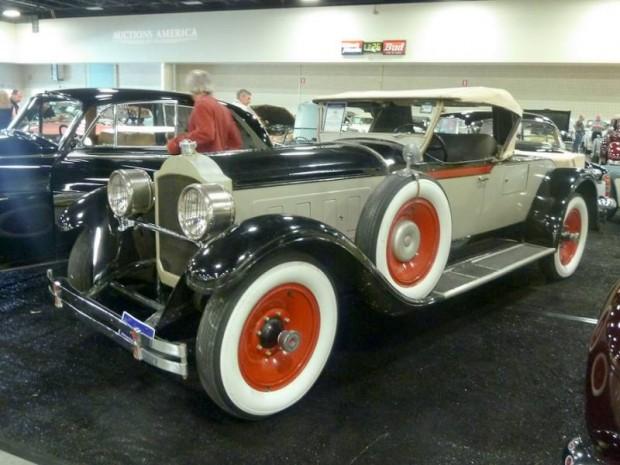 1928 Packard 443 Custom Eight Roadster