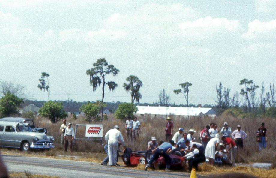 Carlos Menditeguy Maserati 300S wreck aftermath