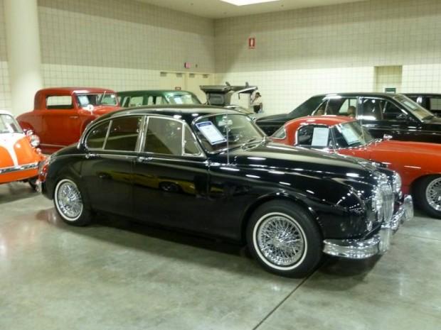 1962 Jaguar Mk II 3.8 Sedan