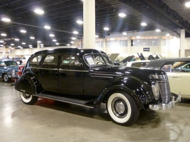 1937 Chrysler Airflow Sedan
