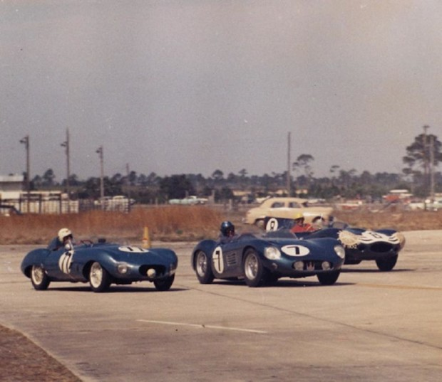 The Bonnier/Duncan/Hinkle Maserati 300S passes the Elva (77) of Kurtz and Karmer while the Jaguar D-Type of Bueb hangs on. All these cars were out fairly early in the race.
