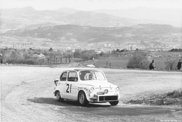 Fiat Abarth 1000 Berlina during the Corse de Cote du Col Bayard, 1965