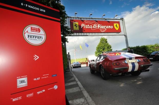 Arriving at Pista di Fiorano - Ferrari 365 GTB4