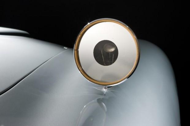 Aston Martin DB5 James Bond Movie Car - Side Mirror