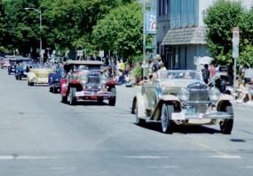 Auburn Parade