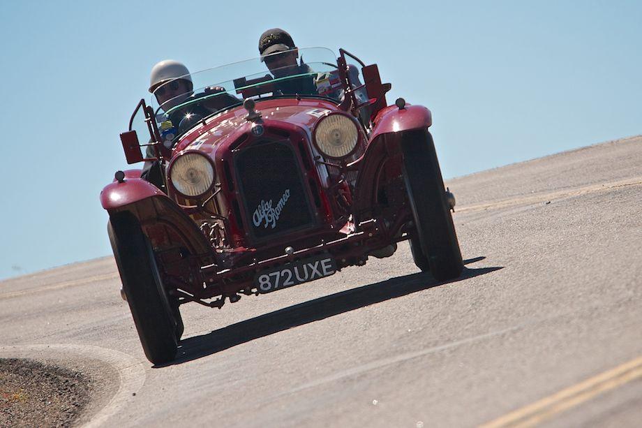 Charles Wegner and Chris Dugan in the banked corners near Crawford - 1932 Alfa Romeo 8C 2300