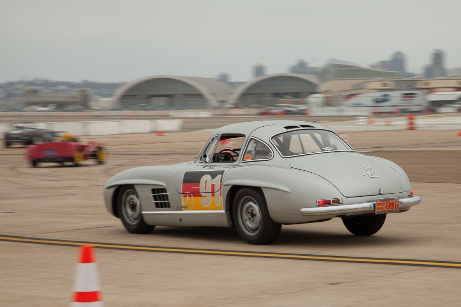Alex Curtis' 1955 Mercedes-Benz 300 SL as it brakes into turn six.