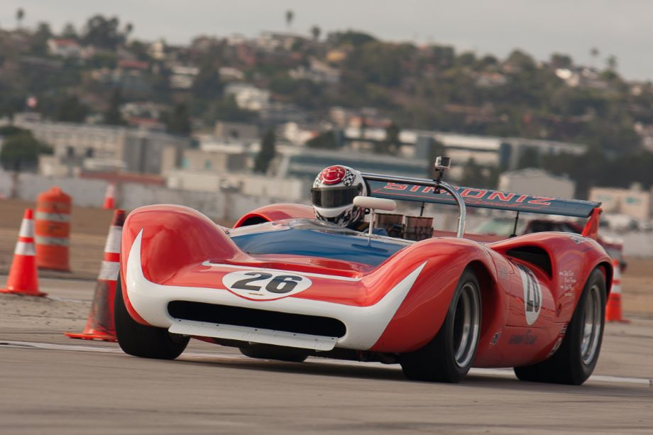 Steve Hilton qualifying his 1968 Lola T-30 Mk3.