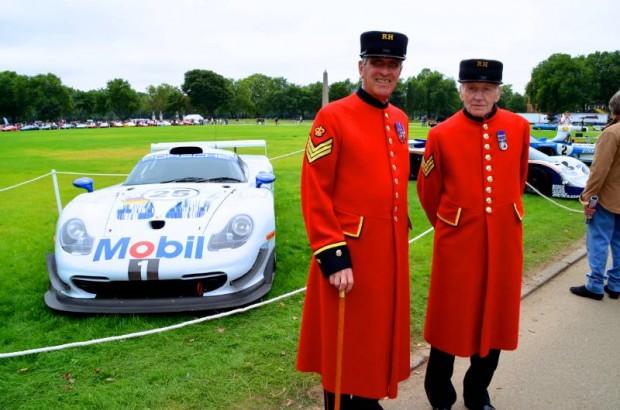 Mobil Oil Porsche GT-1 Le Mans