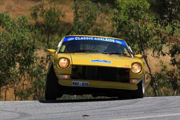 Datsun 240Z exerts maximum pressure on the front left tire