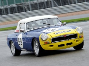 MGB racing picture