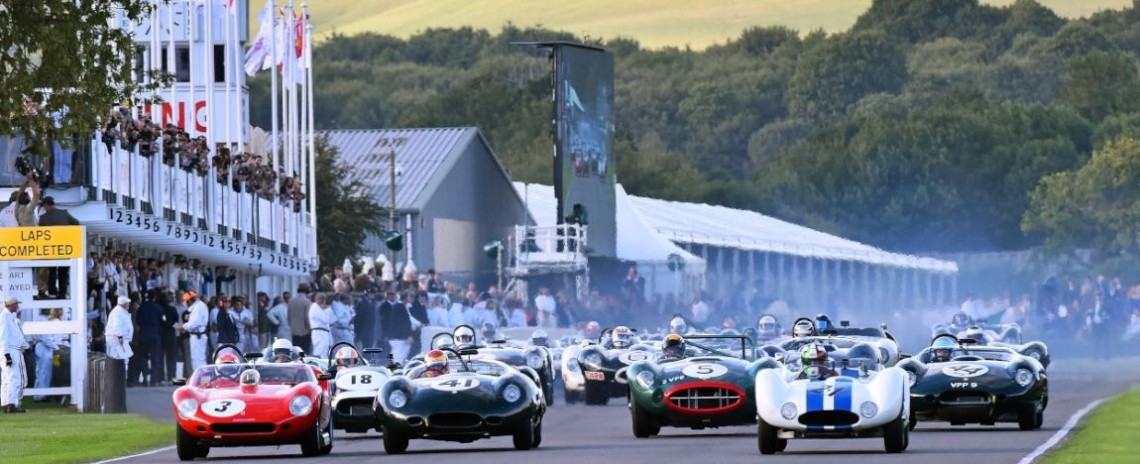 Start of the Sussex Trophy at the Goodwood Revival 2015