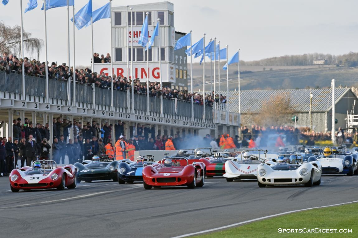 Start of the Bruce McLaren race for Pre-1966 CanAm and Group 7 Prototypes - Goodwood Members Meeting 2015
