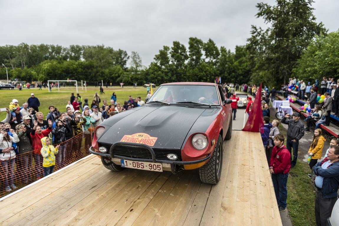 Car 103. Rene Declercq(B) / Eric Claeys(B)1972 - Datsun 240Z 2393, Peking to Paris 2016., Peking to Paris 2016. Day 18. Ekaterinburg - Perm
