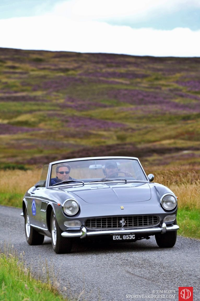 Dario Franchitti and Zak Brown in a 1967 Ferrari 275 GTS